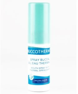 Mouth spray with thermal water